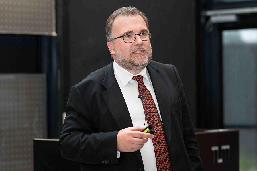 Siegfried Russwurm, Chief Technology Officer of Siemens