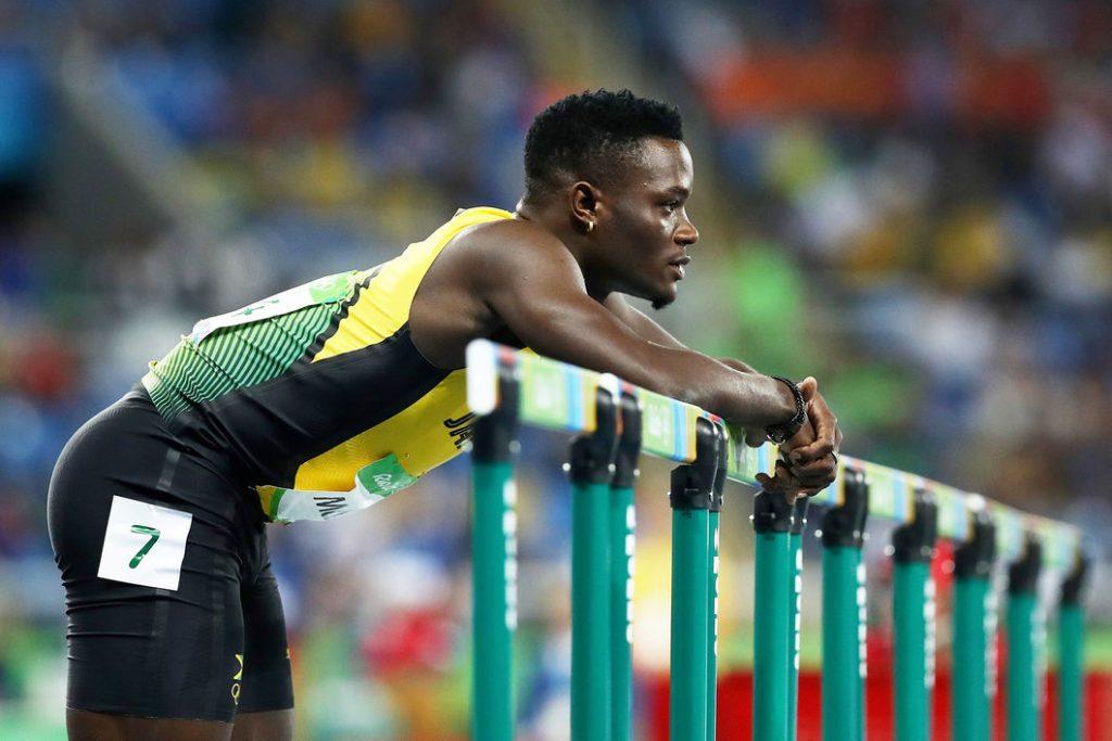 2016-08-16-110m-hurdles-inside-02