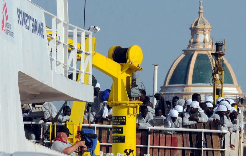 Migrants and refugees arrive at the Trapani port, with the Aquarius vessel on July 22