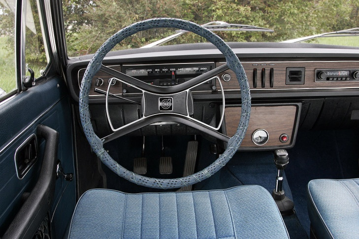 Volvo 144 inteiror