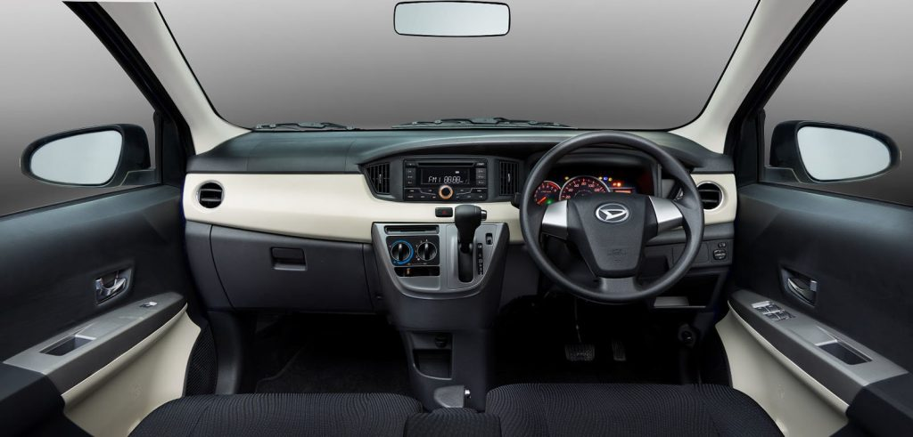 Interior of Daihatsu SIGRA MPV