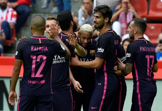 Football Soccer -  Sporting Gijon v Barcelona
