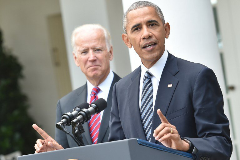 US President Barack Obama (R) together with Vice President Joe Biden (L) addresses, for the first time publicly, the shock election of Donald Trump as his successor, on November 9, 2016