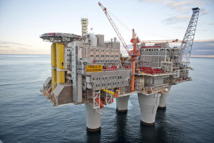 oil production in sea