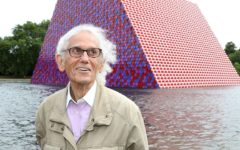 Christo, best known for wrapping buildings and famous landmarks in fabric or plastic, dies