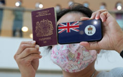 Hong Kong residents leaving the country with British visa