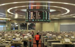 Hong Kong stocks fell in opening trade on Monday